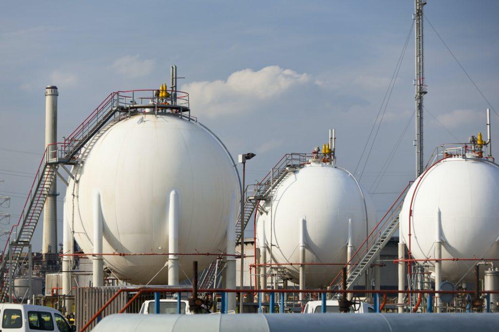 Refinery Storage Tanks